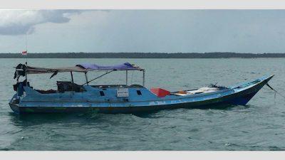 Indonesian fishing vessel apprehended off Darwin