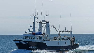 Danish trawler lost, crew rescued