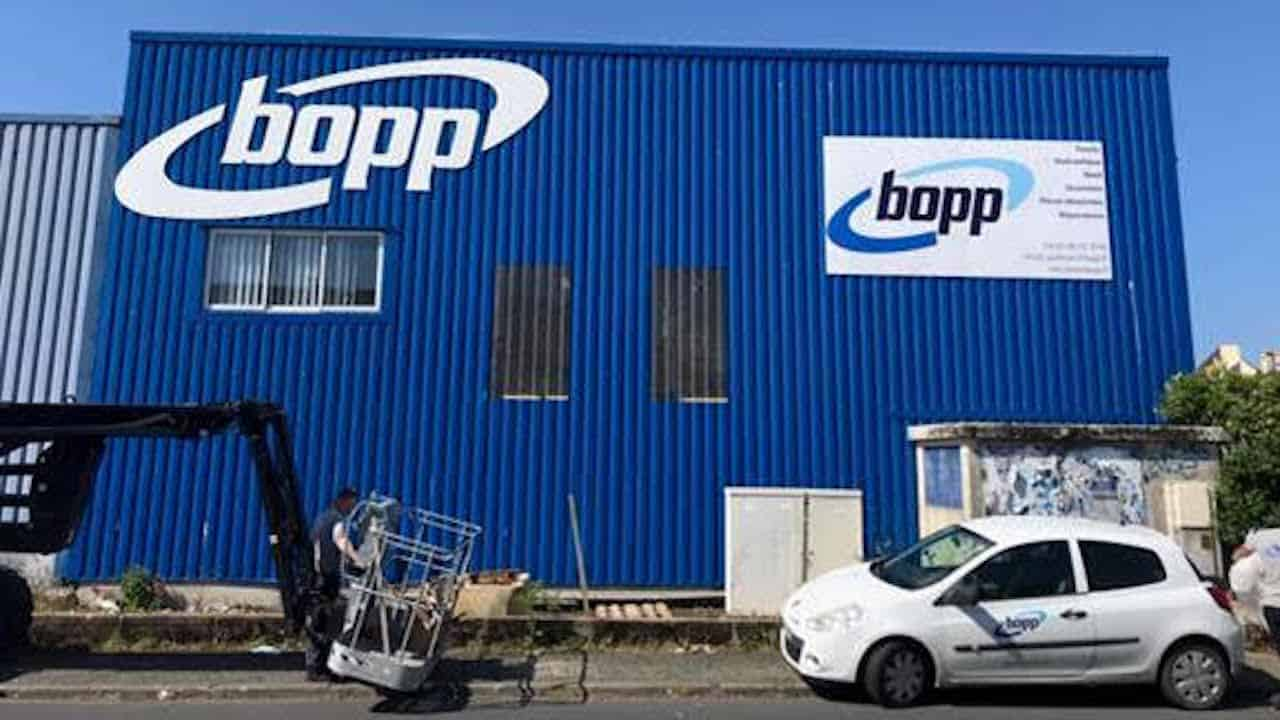 Read more about the article Bopp builds network around the coast