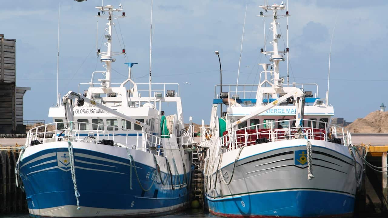 France pledges support for fishing post-Brexit
