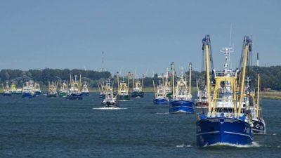 Dutch fishermen to take protest to Amsterdam