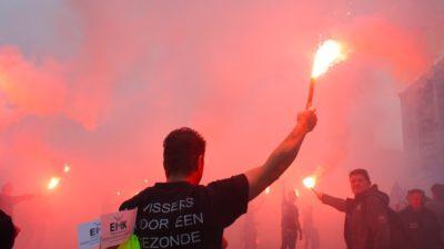Fishermen take protest to Amsterdam