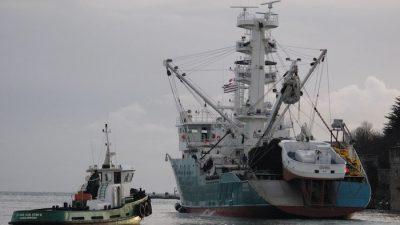 Gevred sails for Africa