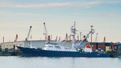 Zamakona delivers tuna seiner to Nicra-7