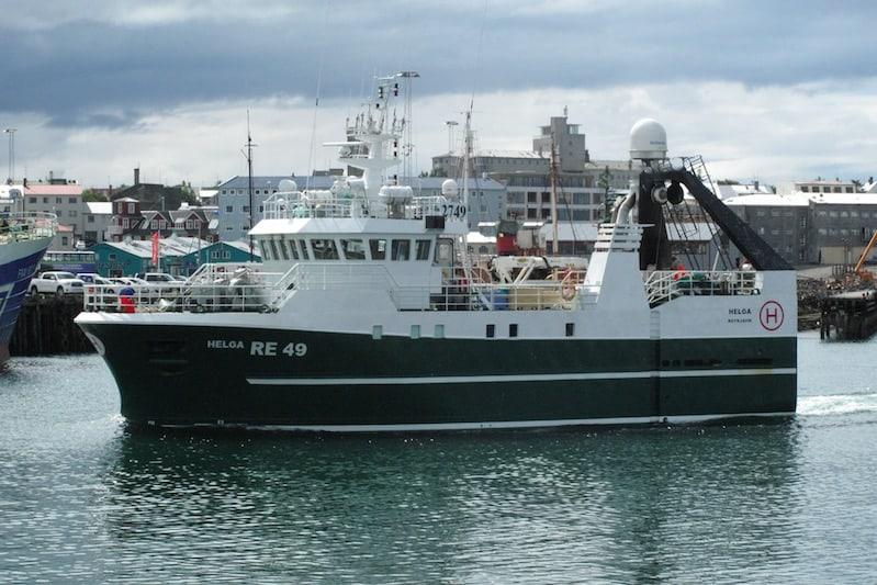 Iceland's seamen vote down offered agreement