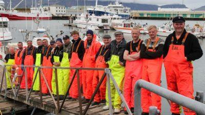 Minister slammed by coastal fishermen