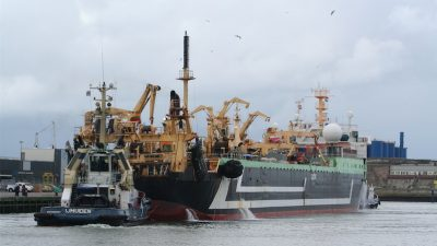 Tougher requirements for EU vessels fishing outside community waters