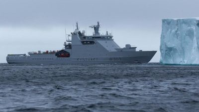 Crab catcher arrested in Svalbard zone