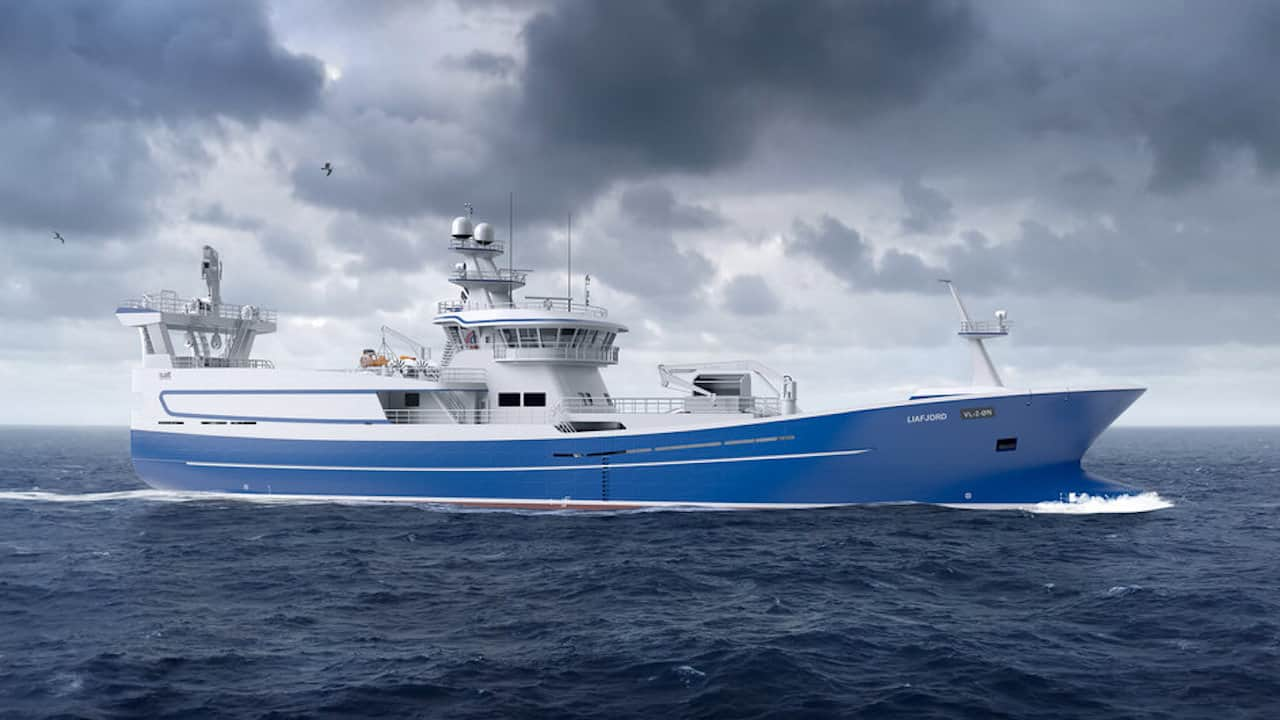 Pelagic vessel's delivery followed by new order