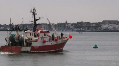 EU Council approves financial assistance for fishermen