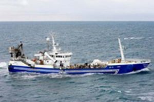 Lundey grounded during herring fishery.  Photo: Lundey - HB Grandi - @ Fiskerforum