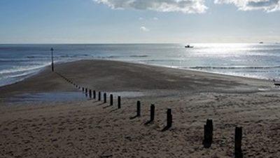 Devon dredging licence suspended