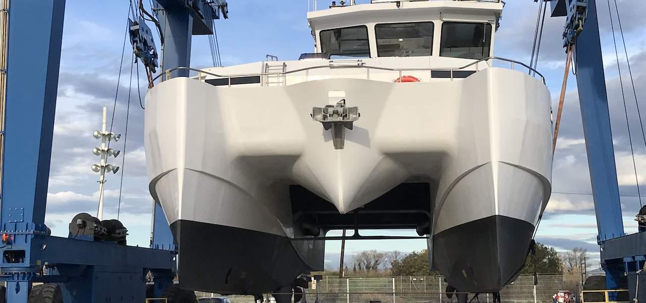 Foil technology for fishing catamarans