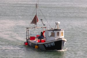 The UK government is preparing to extend VMS across the English inshore fleet - @ Fiskerforum