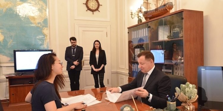 The Federal Fisheries Agency's deputy head Pyotr Savchuk has approved agreements for three new plants