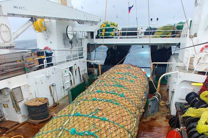 Read more about the article Whole redfish fleet using Gloria pelagic gear