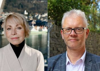 Havforskningsdirektør Sissel Rogne roser marin dekan Nils Gunnar Kvamstø og hans team for solid EU-finansiering av SEAS-programmet: – Denne storstilte satsingen er virkelig en triumf; ikke bare for byen, men for hele regionen. sier hun. Fotograf: Pauls S. Amundsen / Havforskningsinstituttet / UiB