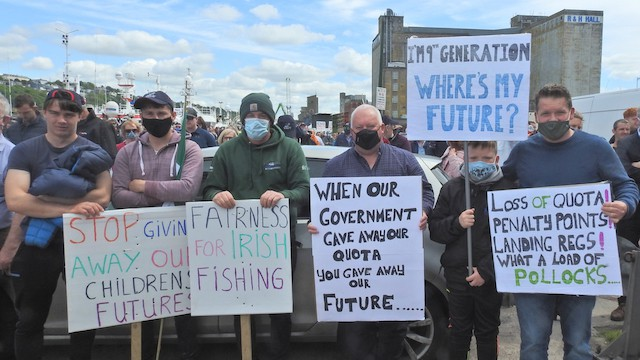 Read more about the article Irish fishermen to take grievances to Dublin
