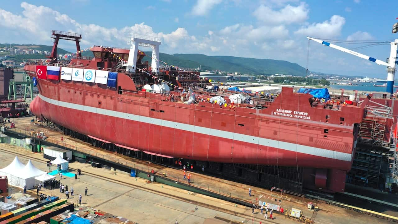 Read more about the article Second of factory trawler pair floated off at Turkish yard