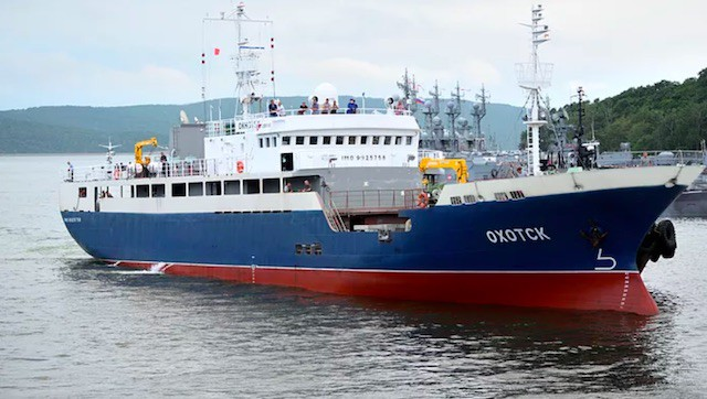 Read more about the article The first Far Eastern crabber completes sea trials