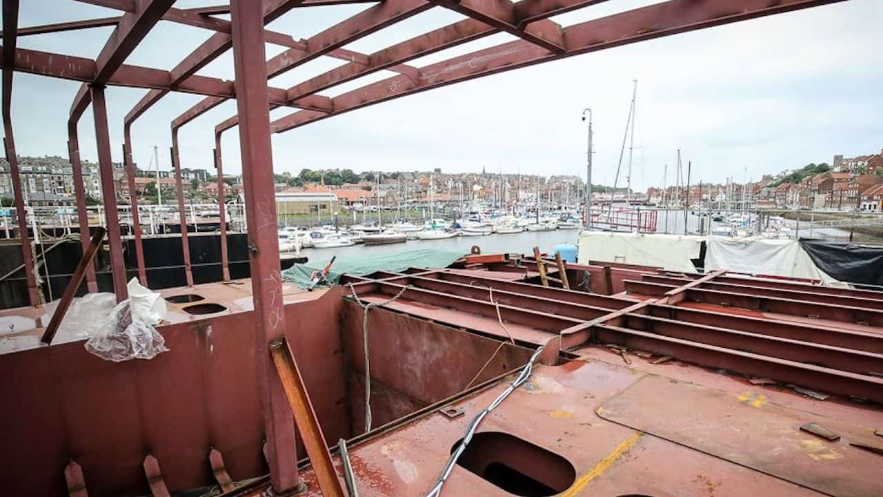 Read more about the article Waterdance builds new crabber