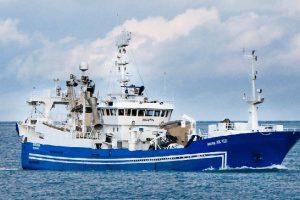 Capelin stay shallow  Photo: Ingunn arrived off Melrakkaslétta yesterday morning - HB Grandi - @ Fiskerforum