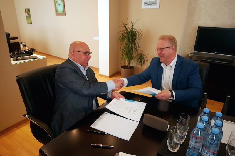 Pella signs newbuild orders