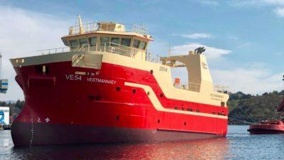 Vestmannaey afloat