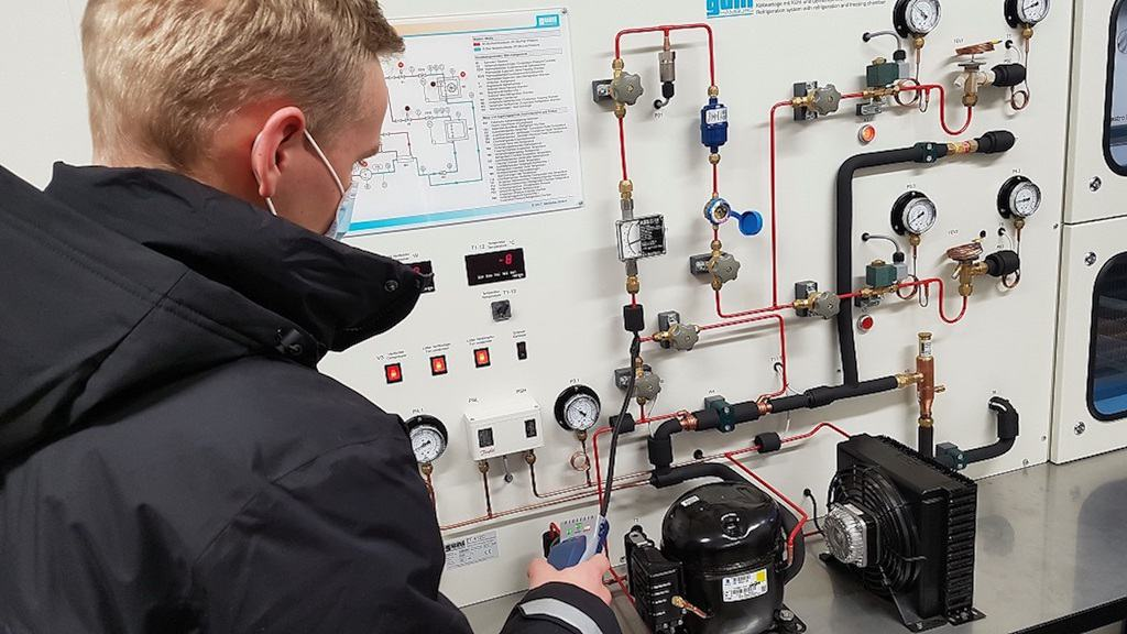 Refrigeration technology donated to college