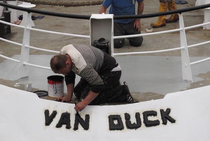 Van Dijck back on track